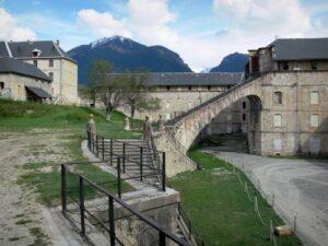 Villages de Provence : Mont-Dauphin