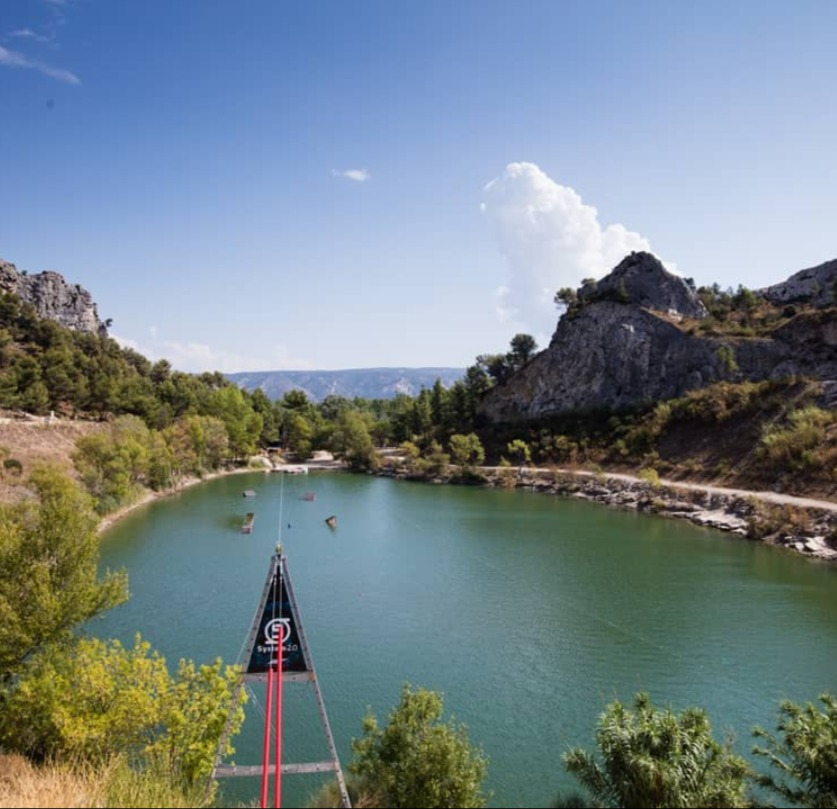 Baignade au camping Vallée Heureuse en Provence à Orgon